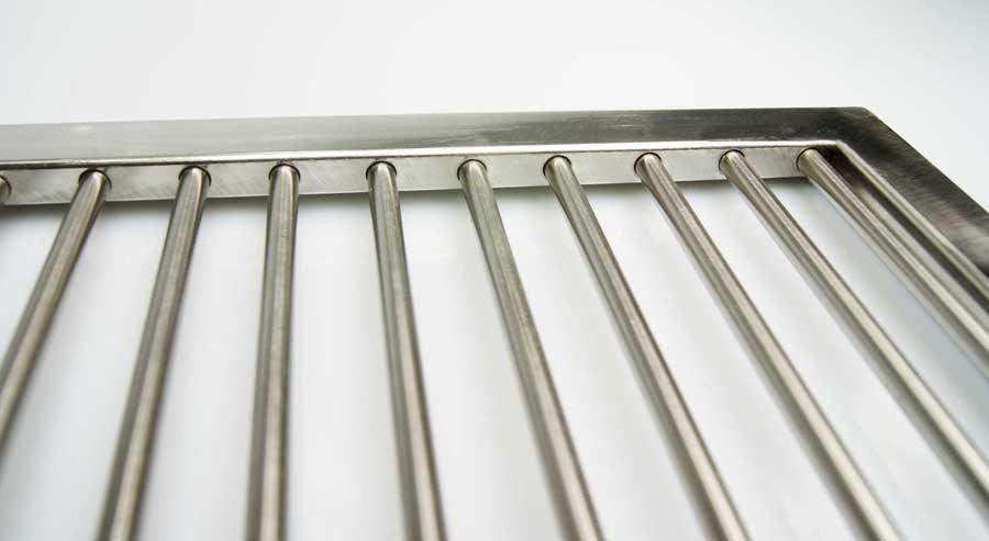 premium grillrost edelstahl 67 x 40 cm 2 griffe grill griff rost 6mm st be ga aktiona shop. Black Bedroom Furniture Sets. Home Design Ideas